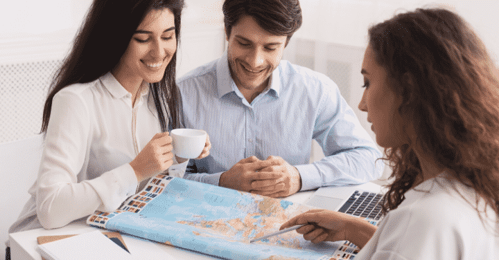 How to Find Clients When Starting a Travel Agency